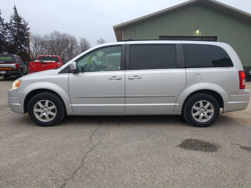 2010 Chrysler Town & Country Touring – Sold!!